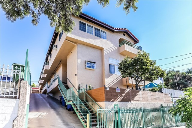 226 N Park View Street, Los Angeles, CA 90026