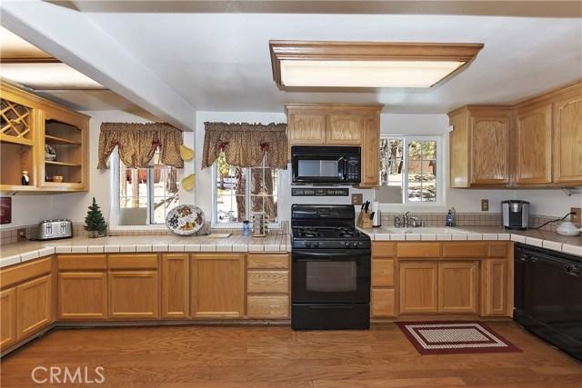 701 Oak Knoll Dr, Green Valley Lake, CA 92341 Photo 6