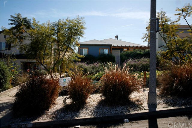 4210 W 58th Place, Los Angeles, CA 90043