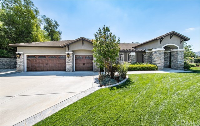 Photo of 2017 Canyon View Lane, Redlands, CA 92373