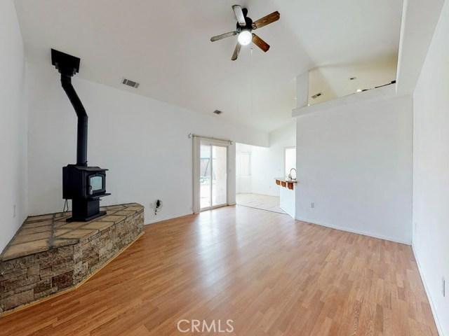 10625 Mesa St, Oak Hills, CA 92344 Photo 5