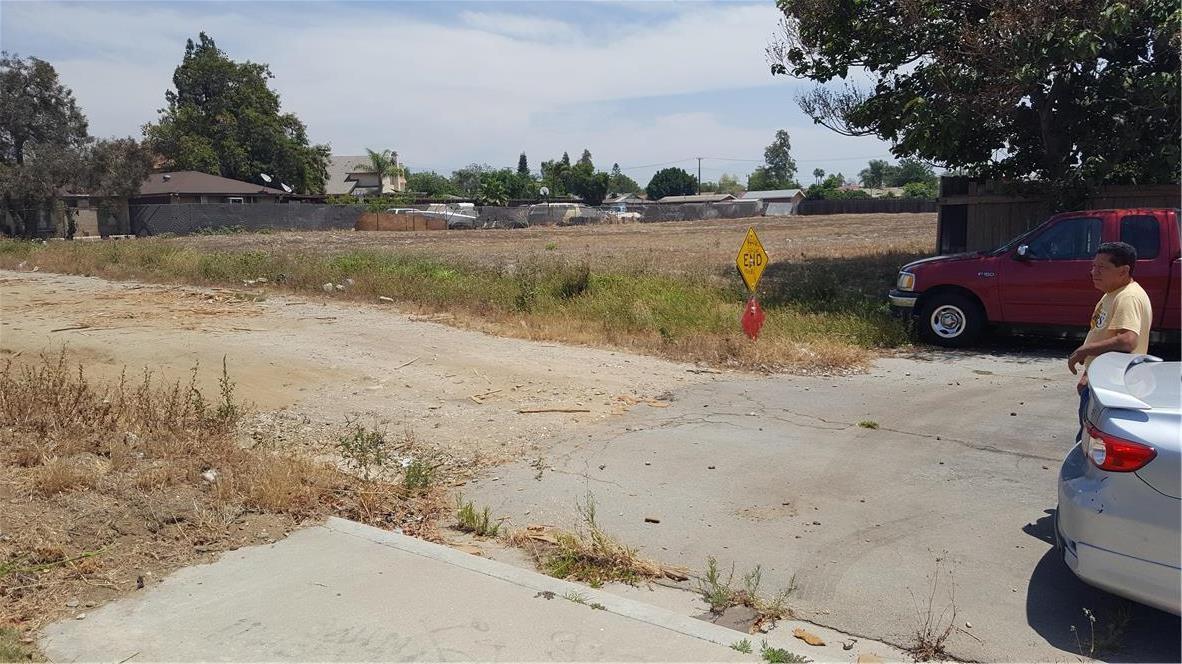 9791 Walnut Street, Bloomington, CA 92316