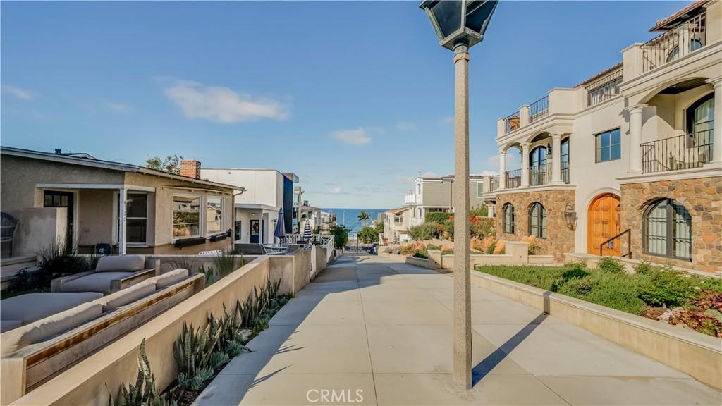 Photo of 400 17th Street, Manhattan Beach, CA 90266