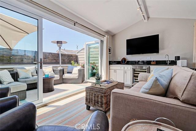 1107 Valley Drive, Hermosa Beach, California 90254, 2 Bedrooms Bedrooms, ,2 BathroomsBathrooms,For Sale,Valley,SB19188908