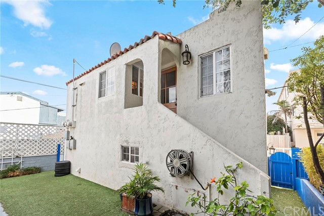 347 30th Place, Hermosa Beach, California 90254, 3 Bedrooms Bedrooms, ,For Rent,30th,SB21035772