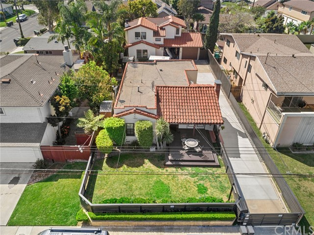 139 Albert Place, Costa Mesa, CA 92627