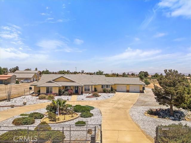12780 Fir St, Oak Hills, CA 92344 Photo 2