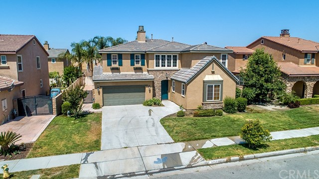 6767 Black Forest Drive, Eastvale, CA 92880
