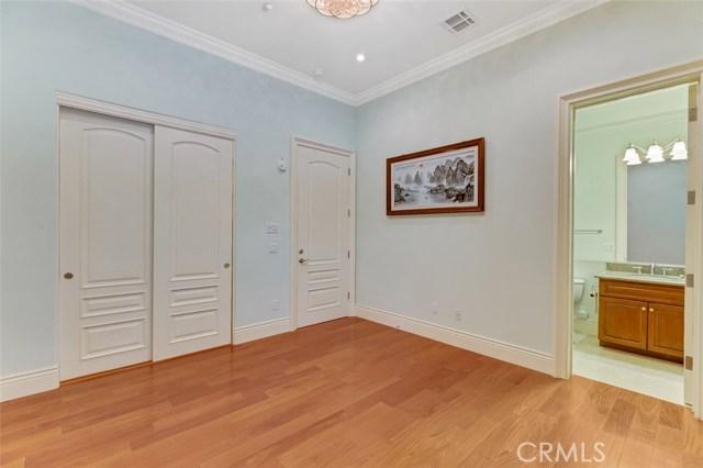 61 W Las Flores Avenue Arcadia, CA 91007