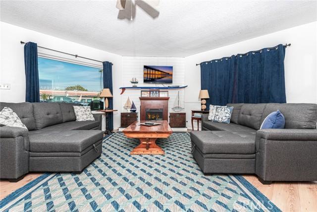 1917 Balboa Boulevard, Newport Beach, California 92663, ,Residential Income,For Sale,Balboa,NP21222557