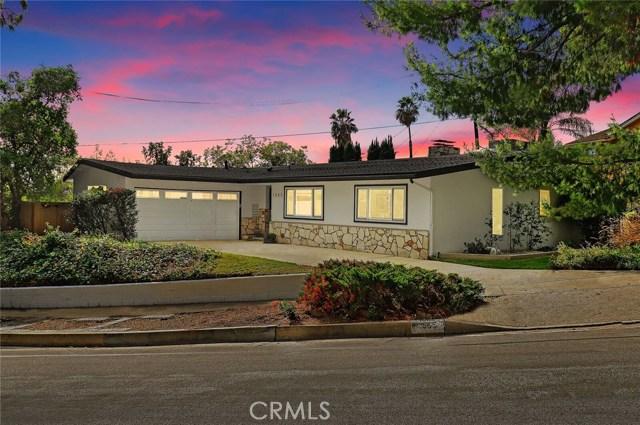 1555 N Michillinda Avenue, Pasadena, CA 91107