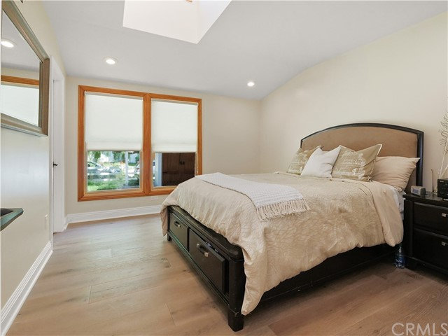28. 19 Dapplegray Lane Rolling Hills Estates, CA 90274