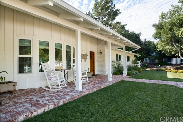 1241 Deer Trail Lane, Solvang, CA 93463
