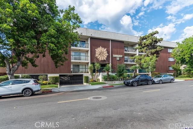 333 Burchett Street 101, Glendale, CA 91203