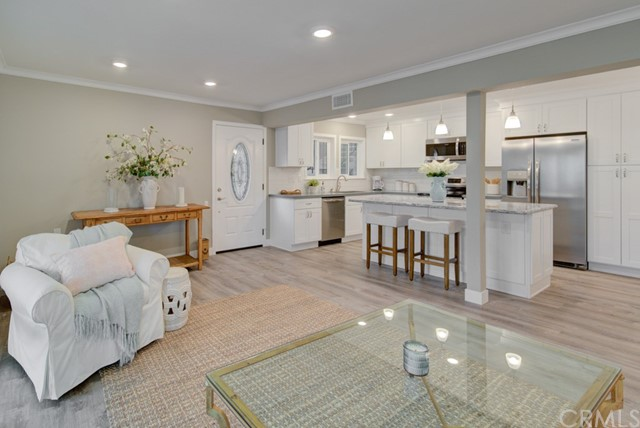 2171  Via Mariposa E, Laguna Woods, California