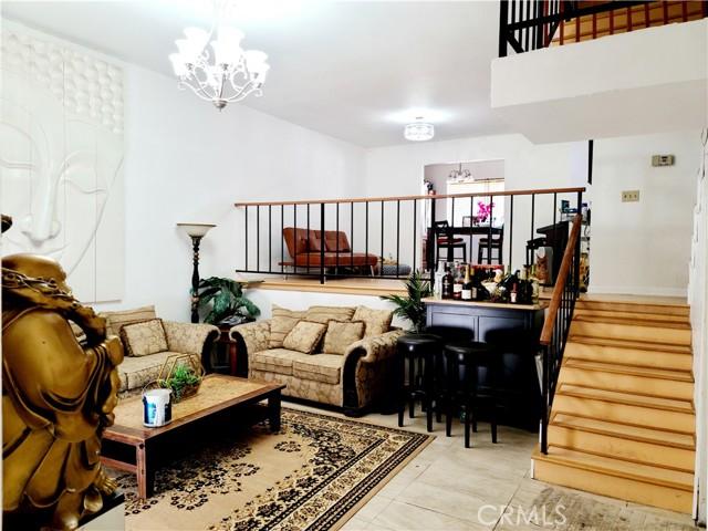 1720 Rogers Place 11K, Burbank, CA 91504