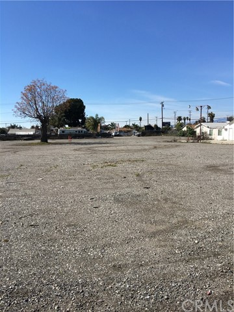 10955 Kadota Avenue, Pomona, CA 91766
