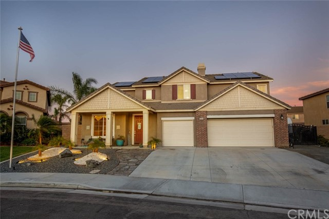 5876 Pinegrove Place, Eastvale, CA 92880