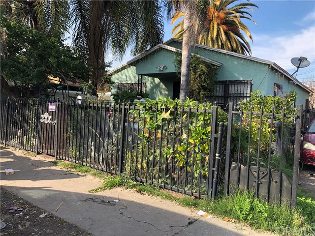 747 E 110th Street, Los Angeles, CA 90059