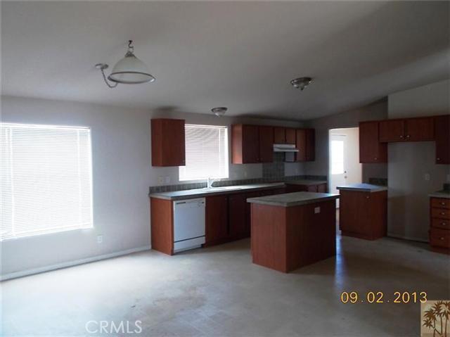 60422 Stearman Rd, Landers, CA 92285 Photo 10