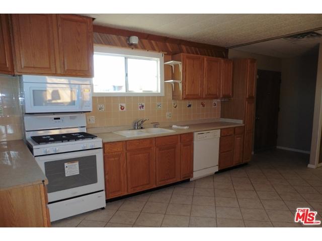 57524 Reche Rd, Landers, CA 92285 Photo 13
