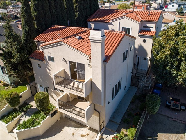 219 Meyler Street, San Pedro, California 90731, 3 Bedrooms Bedrooms, ,3 BathroomsBathrooms,Condominium,For Sale,Meyler,SB21039595