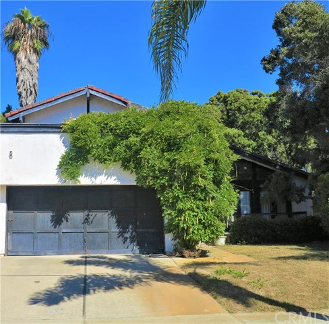 16702 Carousel Lane, Huntington Beach, CA 92649
