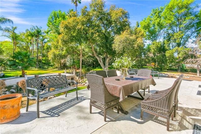 39. 521 S Grand Avenue West Covina, CA 91791