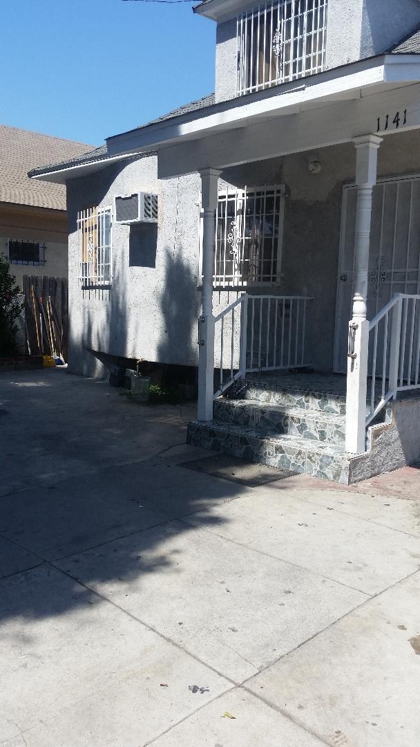 1141 E 54th Street, Los Angeles, CA 90011