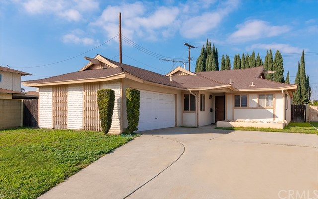 1313 215th Place, Carson, California 90745, 3 Bedrooms Bedrooms, ,1 BathroomBathrooms,Single family residence,For Sale,215th,PV19024714