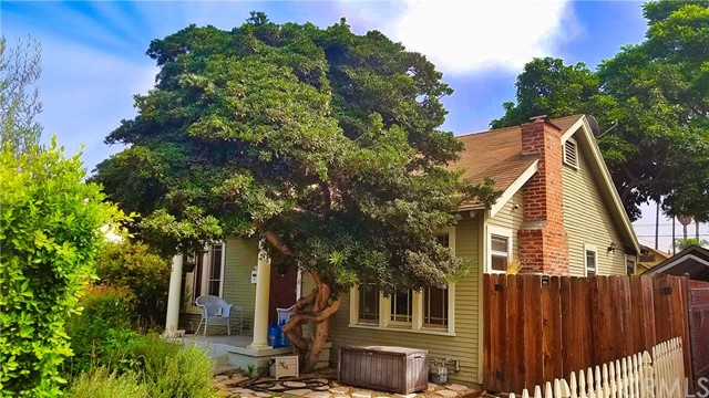 4142 3rd Avenue, Los Angeles, CA 90008