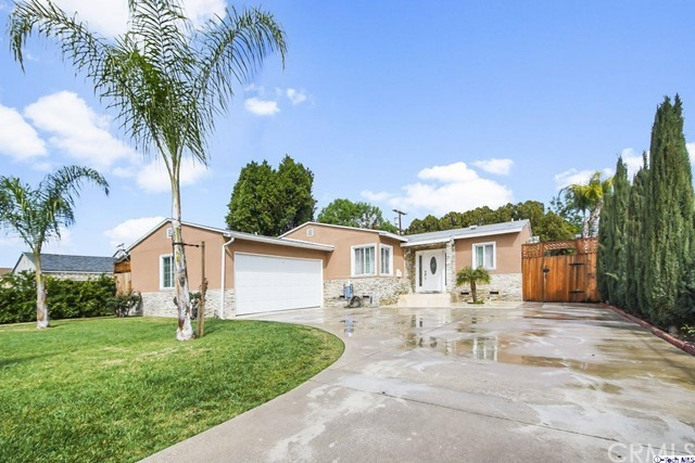 20231 Hartland Street, Canoga Park, CA 91306