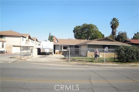 6141 Jones Avenue, Riverside, CA 92505