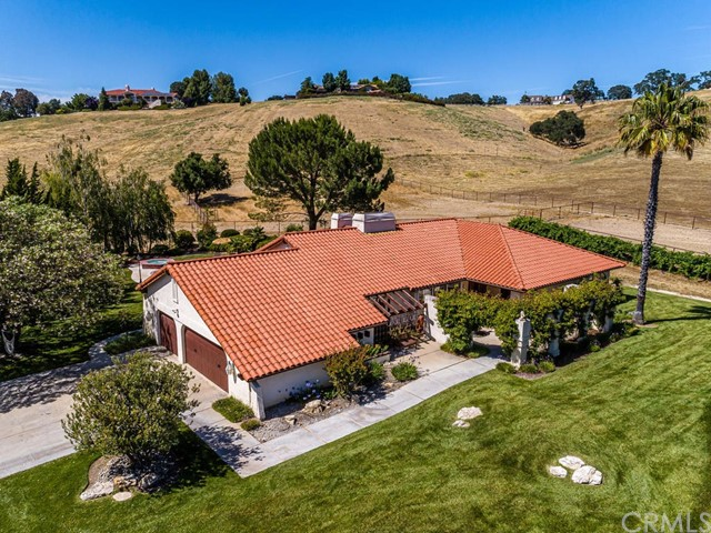1540  Barley Grain Road, Paso Robles, California