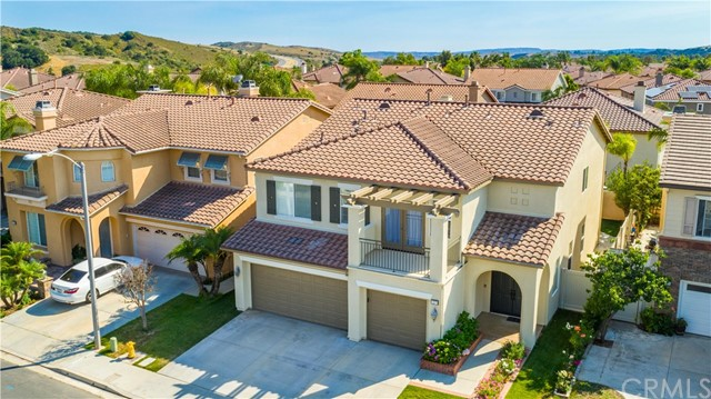 27 Arbor Walk Lane, Rancho Santa Margarita, CA 92688