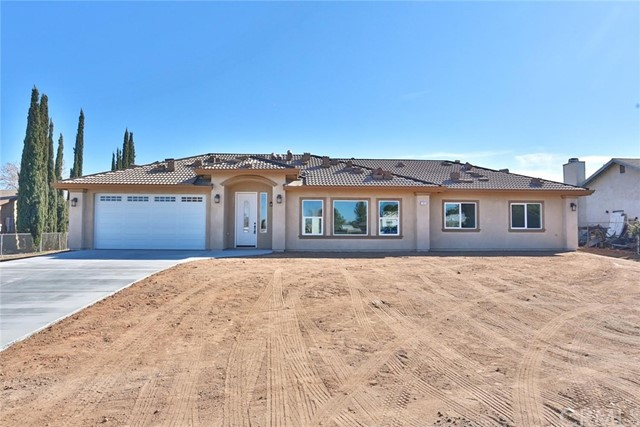 ***Beautiful New Construction***This Hesperia home is located in sought after location and features a nice open concept living area w/4 bedrooms, 2.5 baths**Split floor plan**Stain grade cabinets & quartz counter tops***Tile flooring***Mirrored closet doors & ceiling fans**Indoor laundry & more storage**Everything is new and shinny and is waiting for you!!