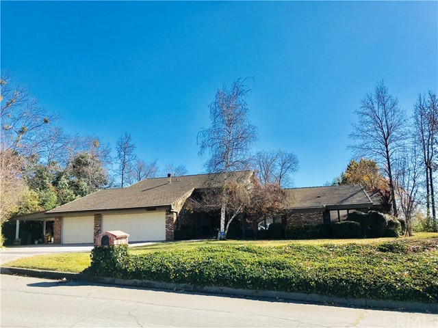 13107 Oak Crest Drive, Yucaipa, CA 92399