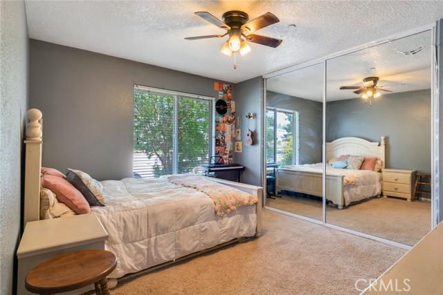 9179 Kittering Rd, Oak Hills, CA 92344 Photo 14