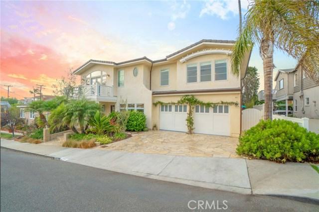 1111 8th Street, Hermosa Beach, California 90254, 4 Bedrooms Bedrooms, ,3 BathroomsBathrooms,For Sale,8th,SB20223282