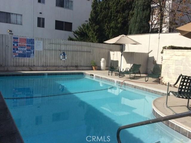 395 S Oakland Av, Pasadena, CA 91101 Photo 8