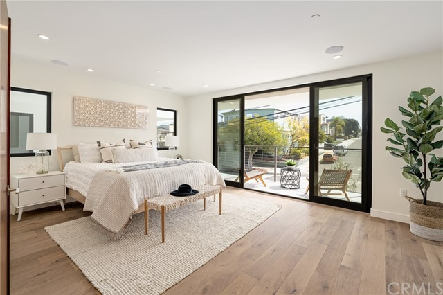 Master suite has lots of room, lots style and lots of natural light (shown here using reverse of 961 Unit A staging)