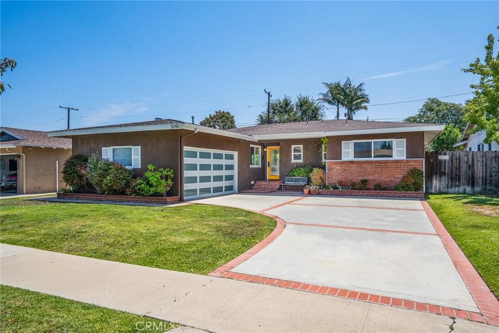 3040     Donnybrook Lane, Costa Mesa CA 92626