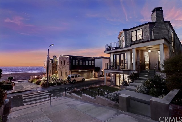 202 Ocean Drive, Manhattan Beach, CA 90266