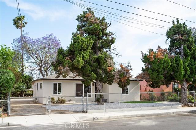 455 E Wilson St, Rialto, CA 92376