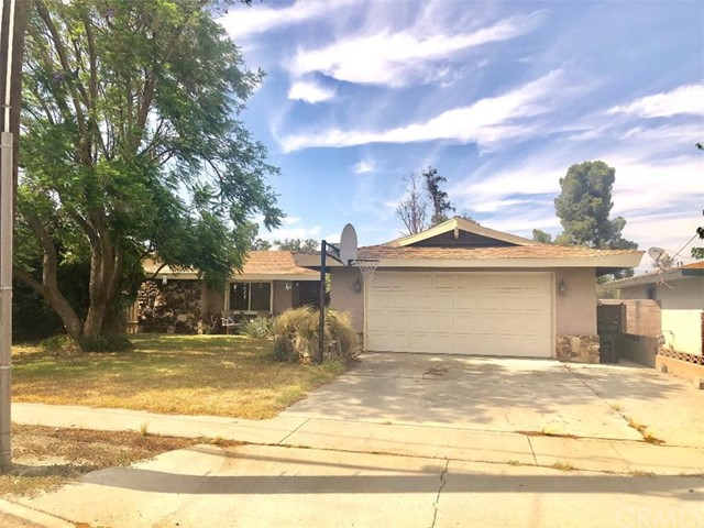 17644 Hawthorne Avenue, Fontana, CA 92335