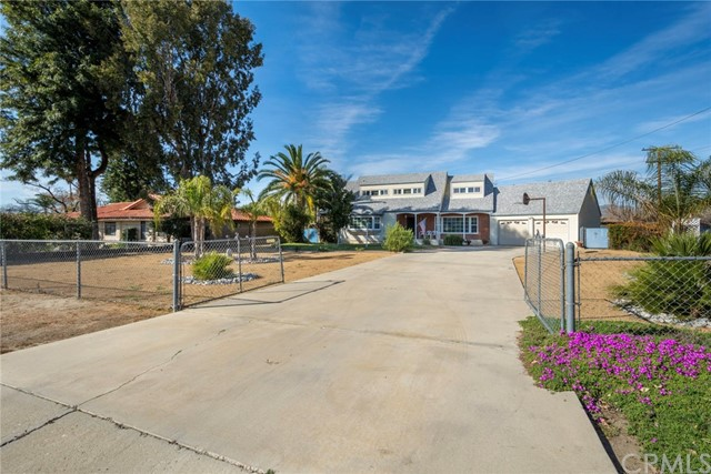Photo of 41594 Johnston Avenue, Hemet, CA 92544