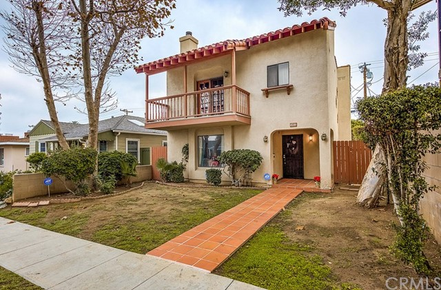 3412 Myrtle Avenue, Long Beach, CA 90807