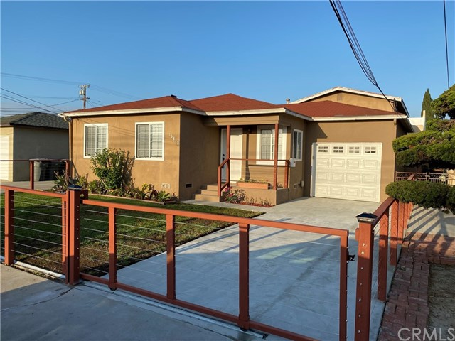 16812 S New Hampshire Avenue, Gardena, CA 90247