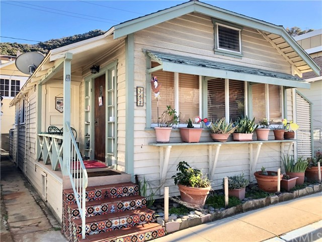 342 Claressa Avenue, Avalon, CA 90704