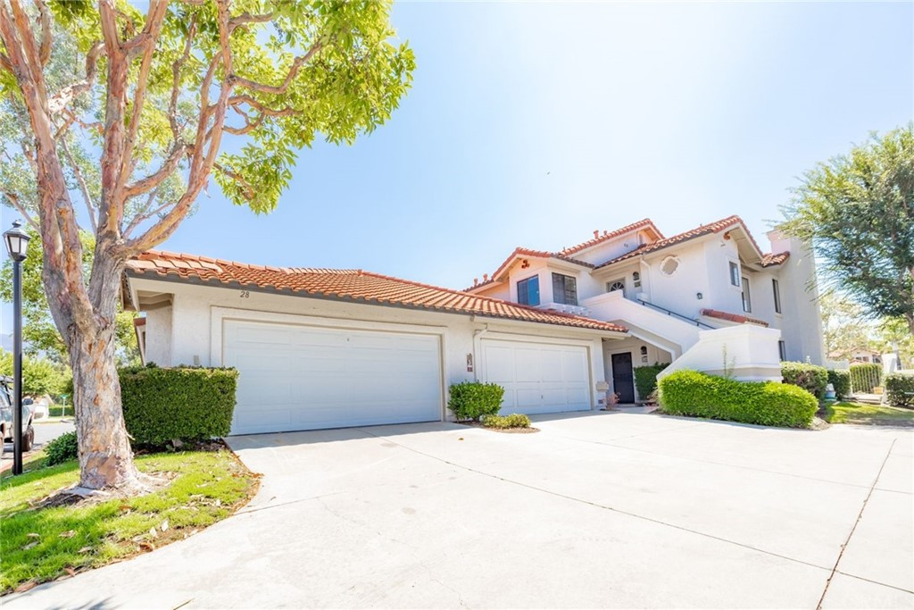 28     Floramar     39, Rancho Santa Margarita CA 92688